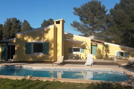 Villa 8 pers piscine près Aix en Pce - Ventabren