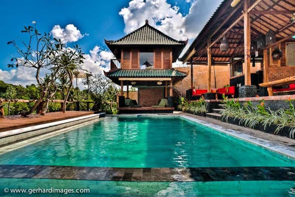 Bali traditional
