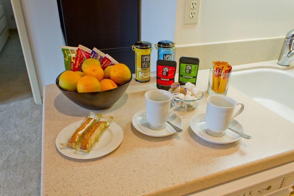 Enjoy a selection of fruits, biscotti, popcorn, coffee and teas.