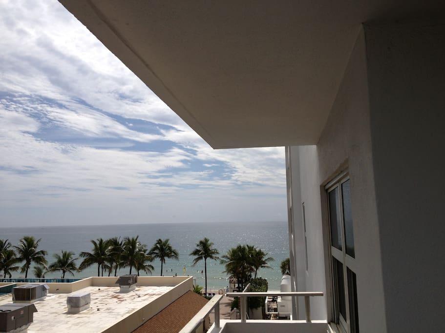 Beach Front Unit-Ft Lauderdale #423