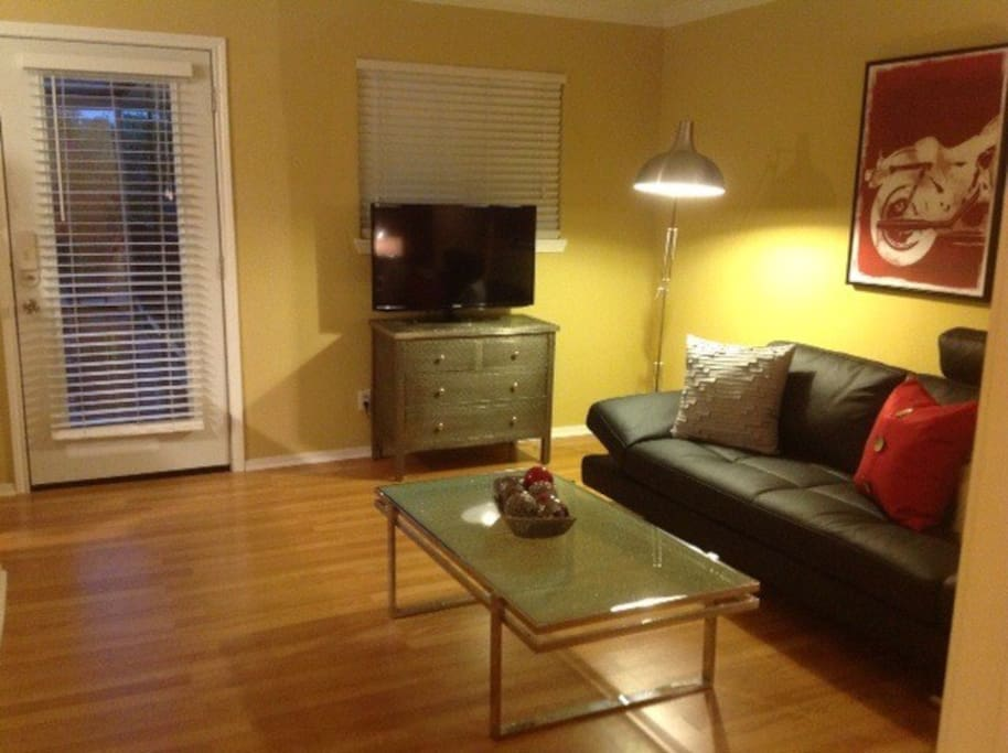 Stainless lighting will make you glow. LED TV's with cable, Internet Access. Netflix option.