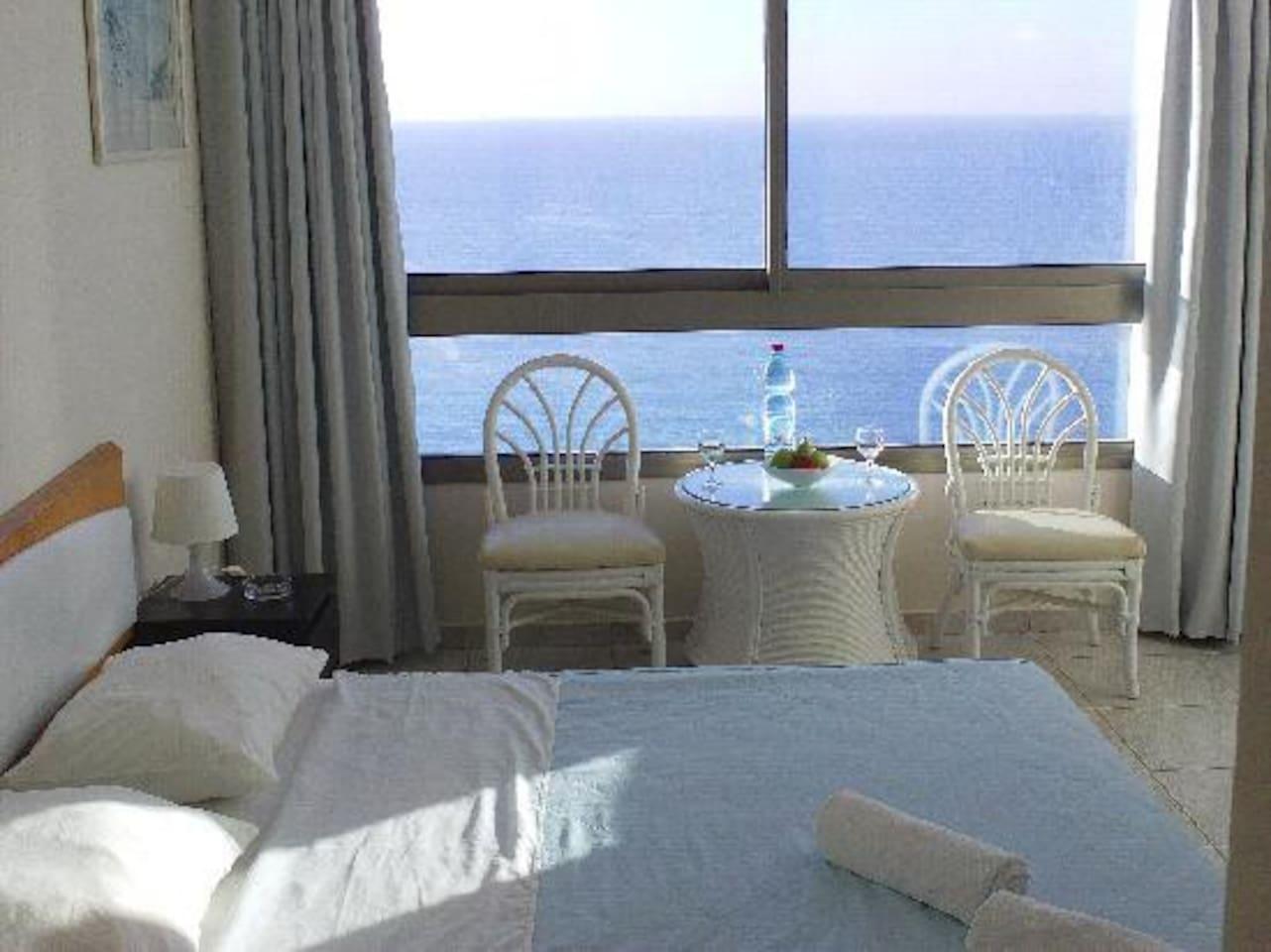Seaview luxury apartment like hotel