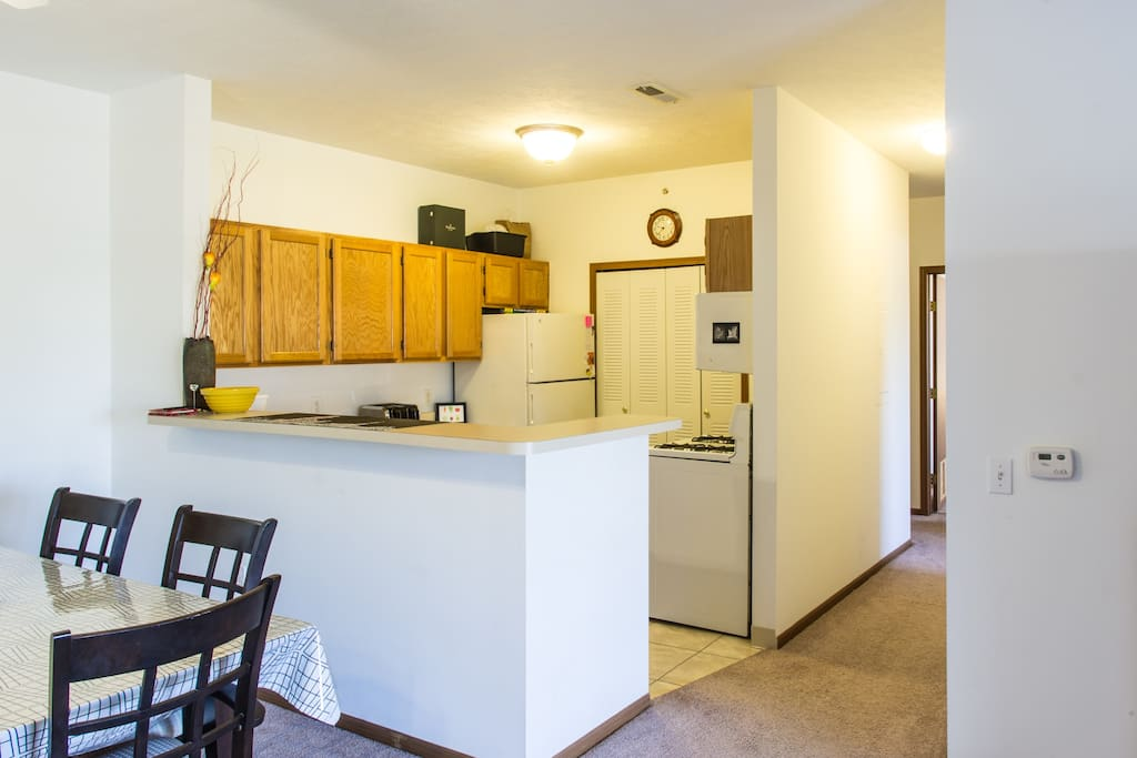 Kitchen has plenty of counter and cupboard space, gas range, dishwasher, and is fully equipped.  La