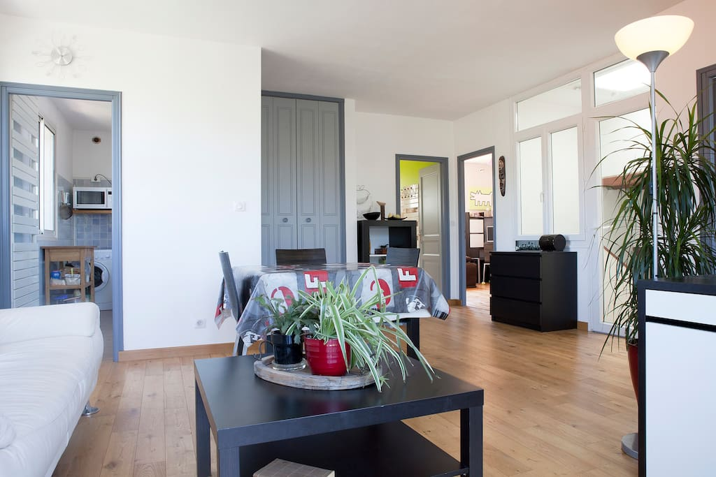 2 Bedroomed Apartment - large patio