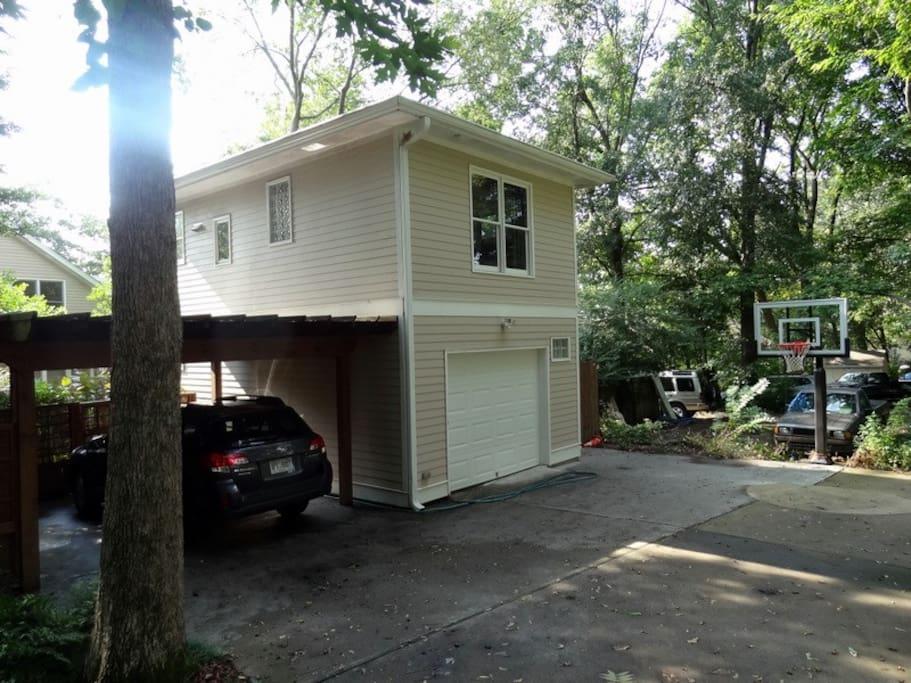Parking arbor/carport adjacent to Aerie Suite