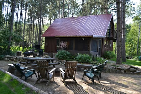 T.R.'s Lodge at Roosevelt Pines - Outing - Cabane