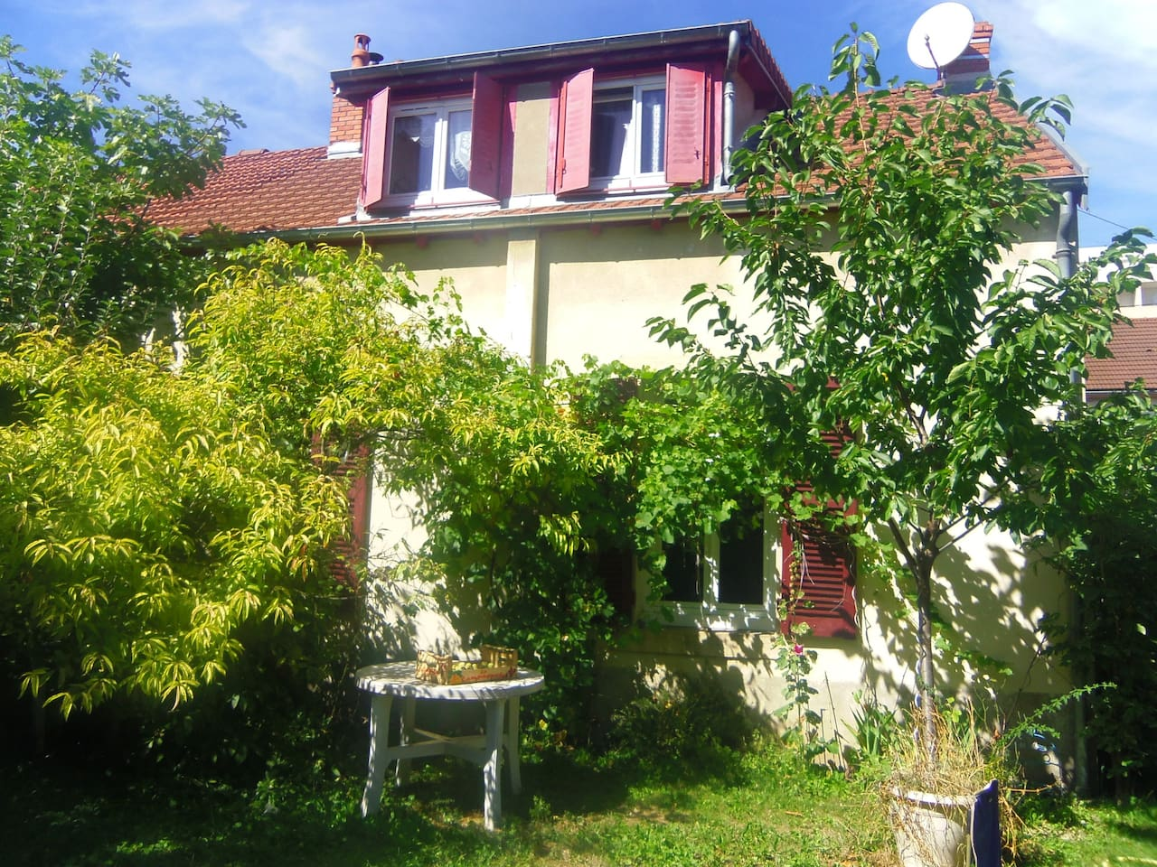 maison coté jardin