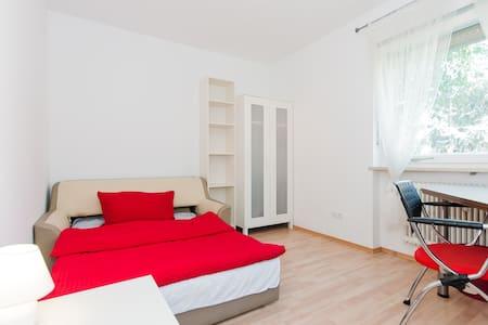 Frisch und freundlich in weiß-rot - Apartament
