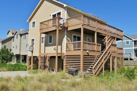 Airy 5BR Outer Banks House w/Wifi - Casa