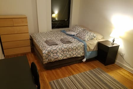 Clean, Comfy and Convenient in Historic Hoboken - Hoboken - Apartmen