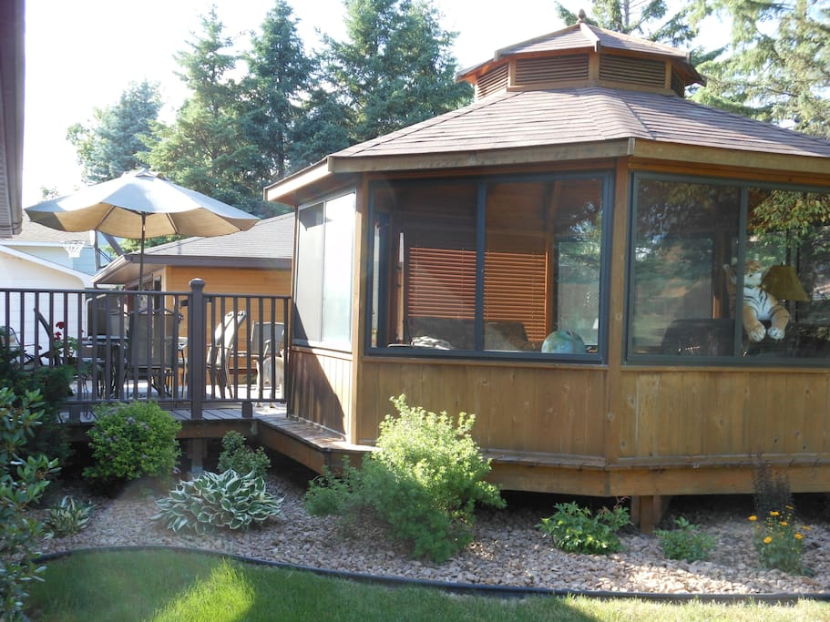 Gazebo available for guests use. Speaker for their iPhone, games if bored, ceiling fan and all windows have screens for circulation.