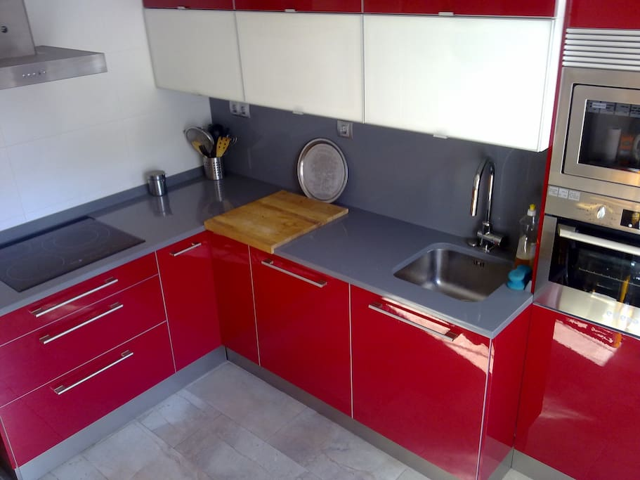 Our fantastic modern kitchen waiting to be used with the best products from our near by fruit and vegetable market.