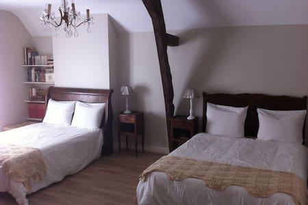 Chambre familiale (2 à 4 personnes) - Aamiaismajoitus