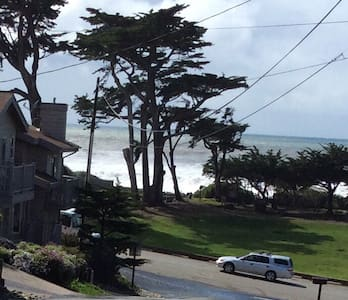 Cambria by the Sea - House