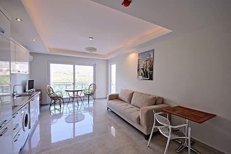 Lumos Residence Studio in Mahmutlar - Apartament