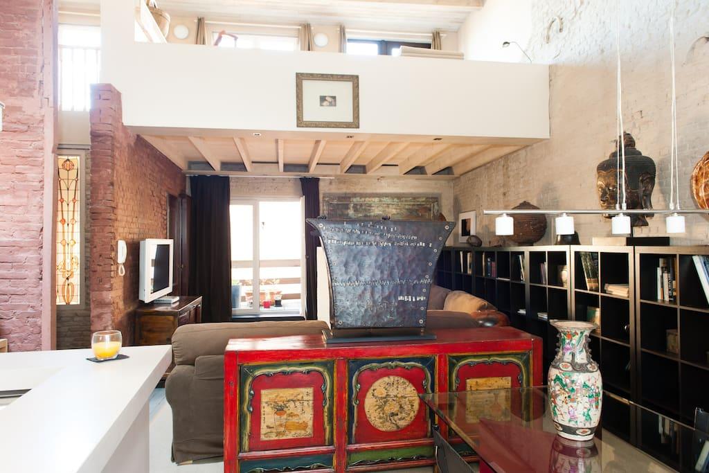 Sablon center : 2BR duplex loft