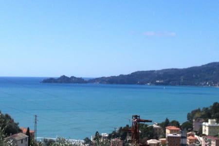Impareggiabile vista su Portofino - Zoagli - Villa