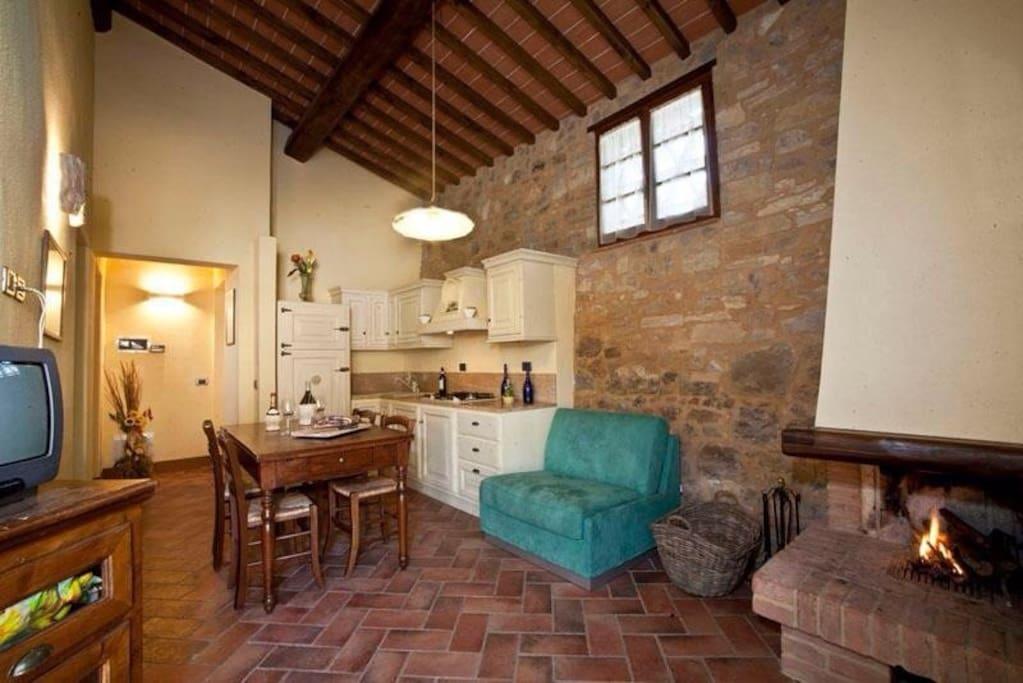 Farm House Casa Verniano / pantera