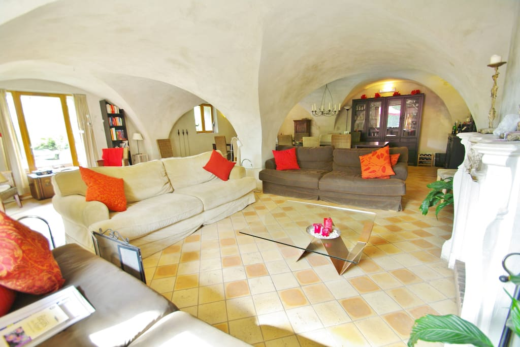 Lounge: sofa's