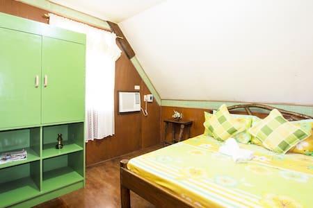 Private AC Room Near Public Beach & Cave - Dauis