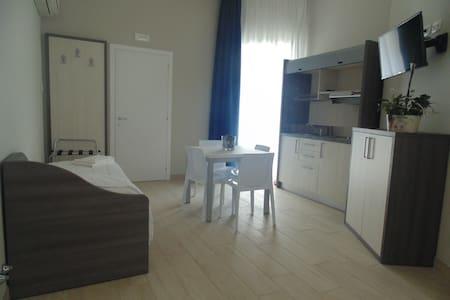 Monolocale 30 mq ristrutturato - Wohnung