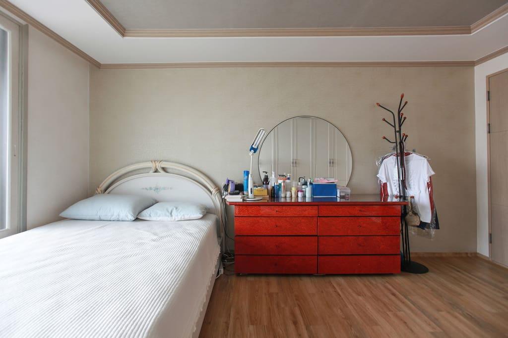 double bedroom again.