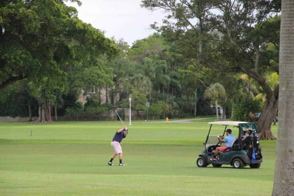The Neighborhood: Public golf course is a 5 minute walk from my home