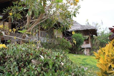 Oceanview Eco cabin in Ayangue - Chalet