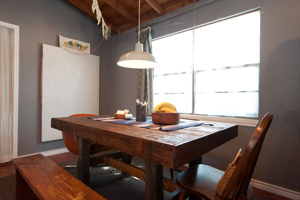 Front House: Large Diningroom Table for 8-10 guests.