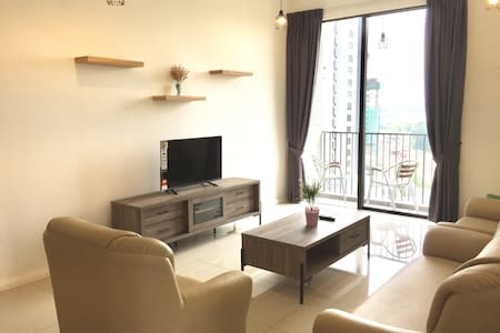 Resort Living @ Senibong Cove 4.2 - Daire