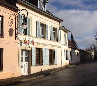 La Tannerie de Montreuil - Bed & Breakfast