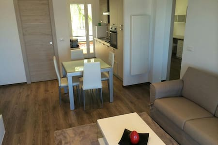 1 bdr apt 5 min from center monaco