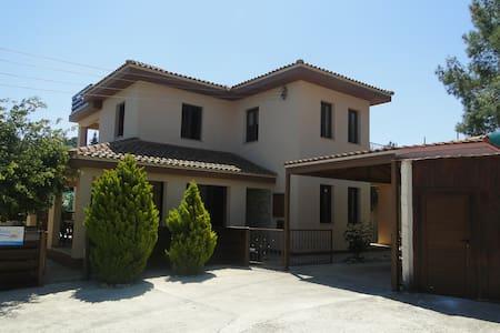 Kinousa Villa 2 - Paphos Wild Beuty - Villa