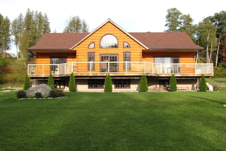 Suite in Log Home, Lakefield - Douro-Dummer or Lakefield