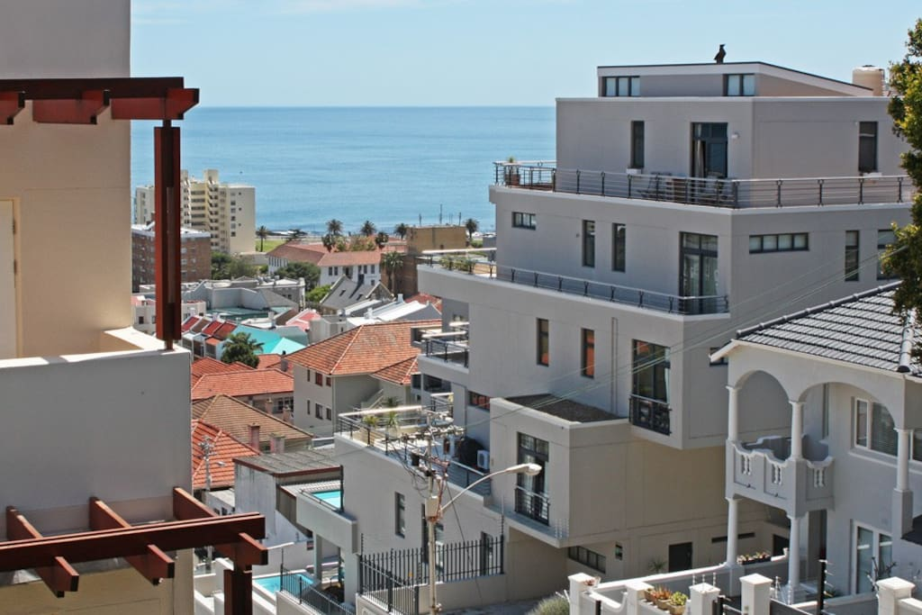 No 21 - Ocean View apartment - see!