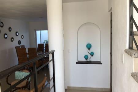 CASA SILVIA - Wohnung