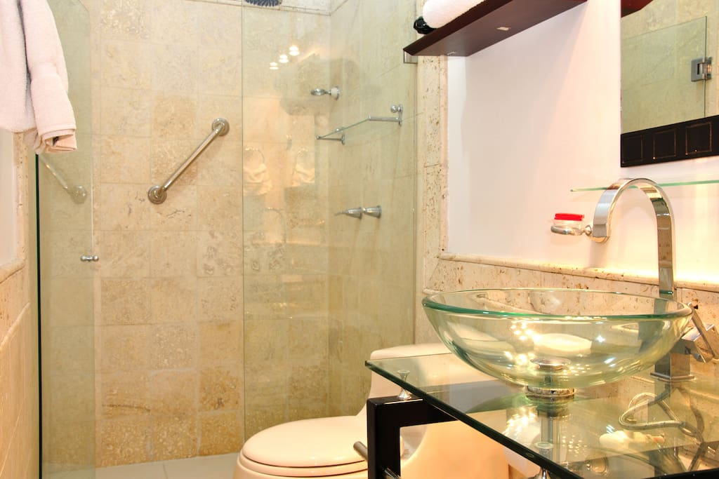 Beautiful bathroom with rain showerhead (and hot water, which not all Cartagena places have)
