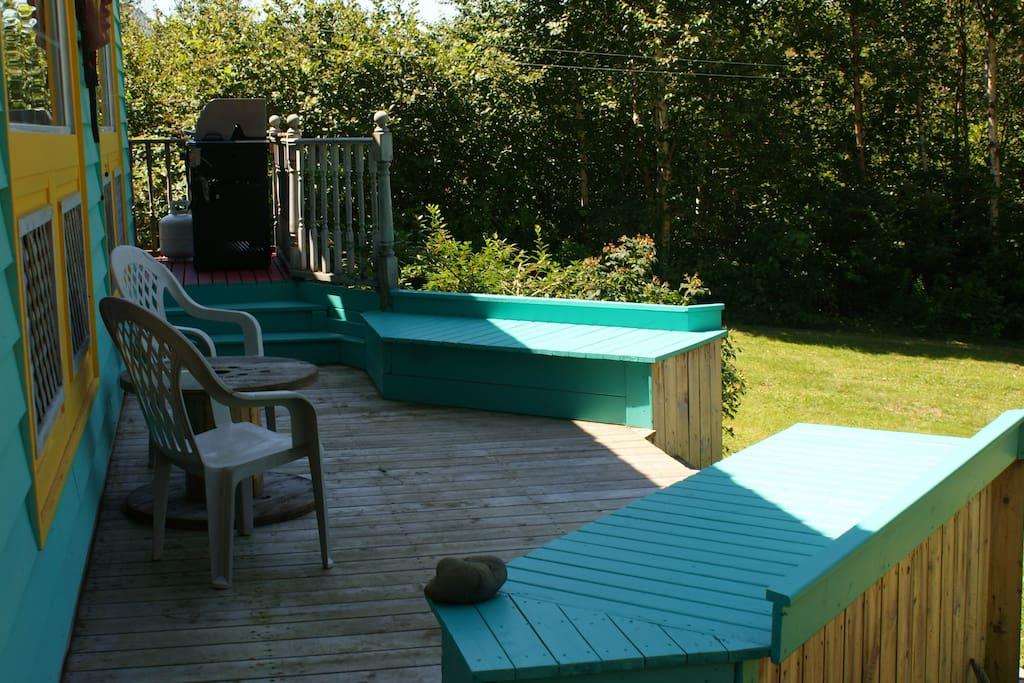 front deck facing the ocean
