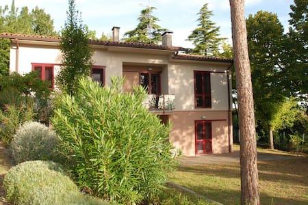 Villa, modern design in the country - Villa
