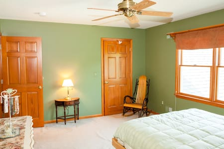 Country farm getaway - Close to NYC / Philly - Flemington - Ganze Etage