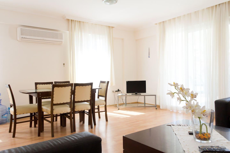 Comfortable flat in Jasmin Garden !