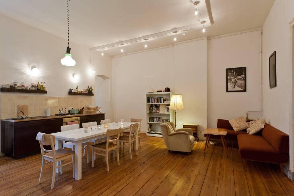 small kitchen :-) common area