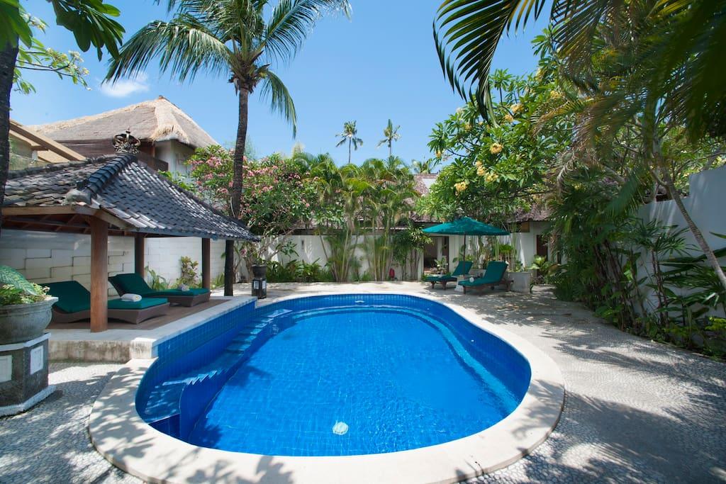 Beach Villa 1 Bedroom Deluxe Bfast