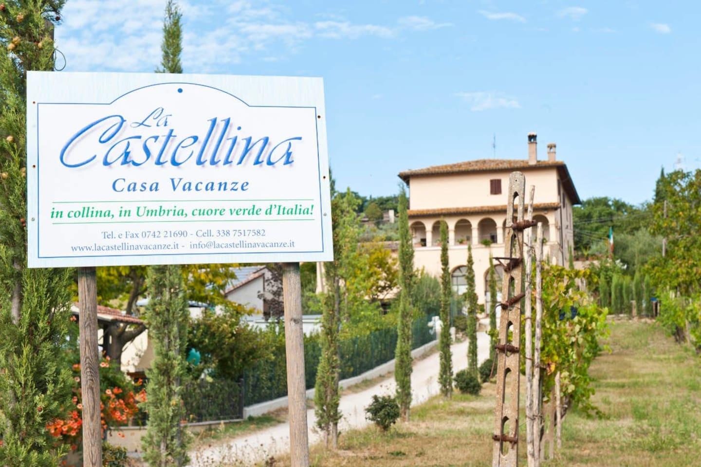 La Castellina è immersa nel verde e nella quiete delle colline Umbre