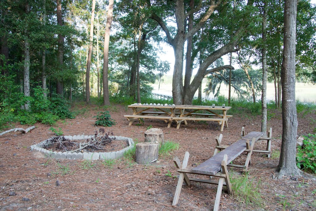 Picnics, cookouts and bonfires abound!  Hotdogs and Smores welcome.