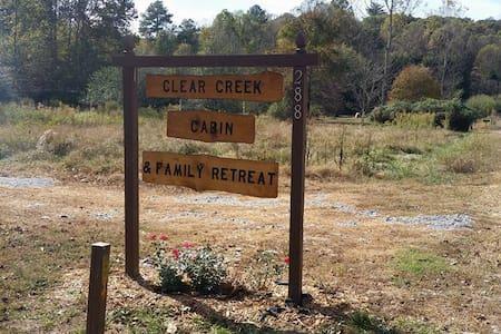 Clear Creek Cabin - Hus