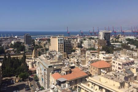 Big room, stunning view. - Beirut - Apartment