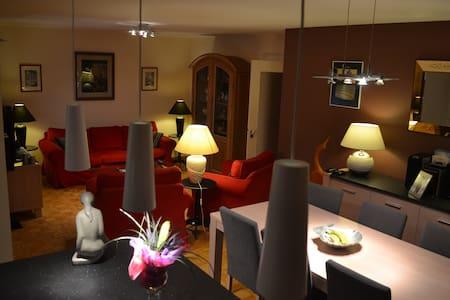 Appartement 2 chambres avec garage - Lakás
