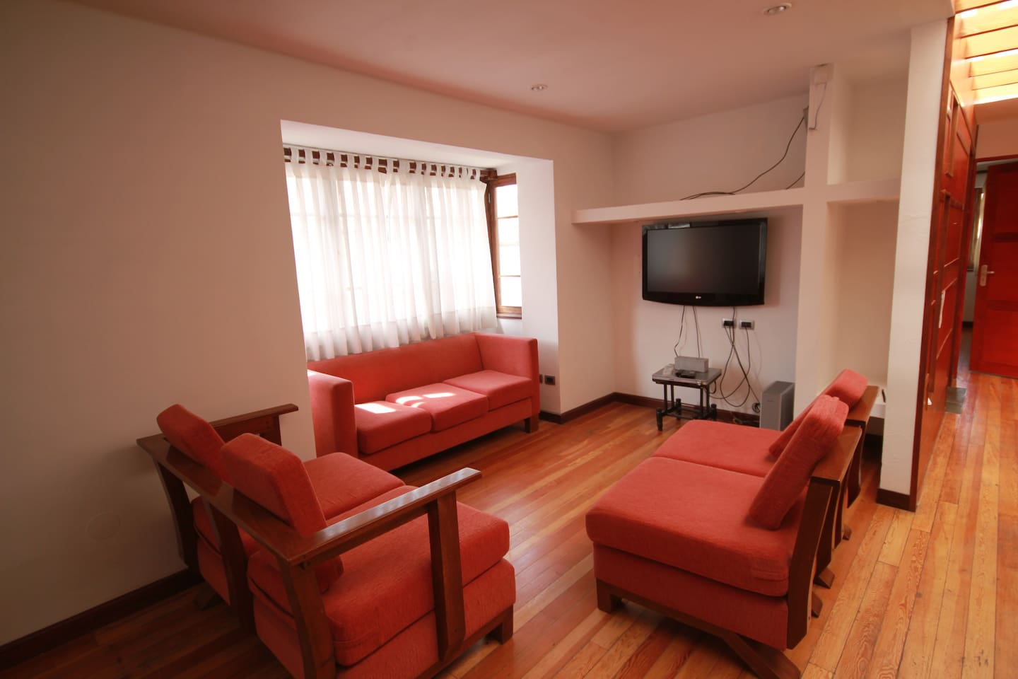 Spacious open plan lounge and dining room with TV and DVD as well as Wifi.