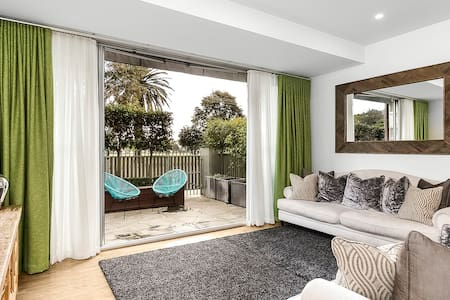 Beachside Apartment in the Heart of St Kilda - Saint Kilda - Wohnung